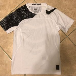 Nike Pro Hypercool fitted compression T-shirt LN